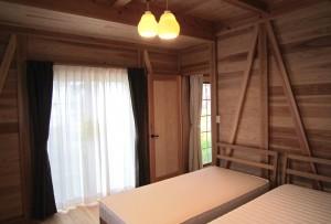 寝室 板倉