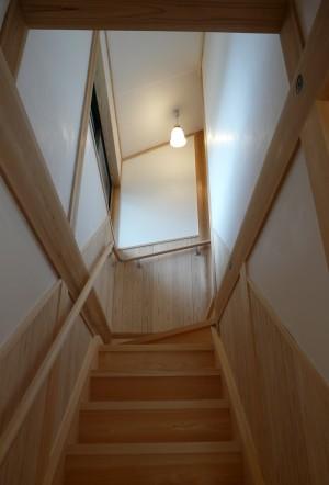 階段 手作り 木