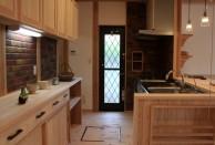 キッチン 自然素材