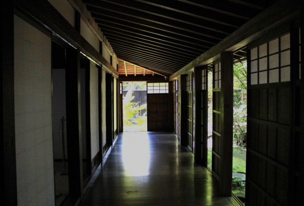 外廊下 濡れ縁 長谷川邸