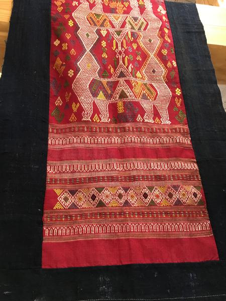 アジアの布とキリム展