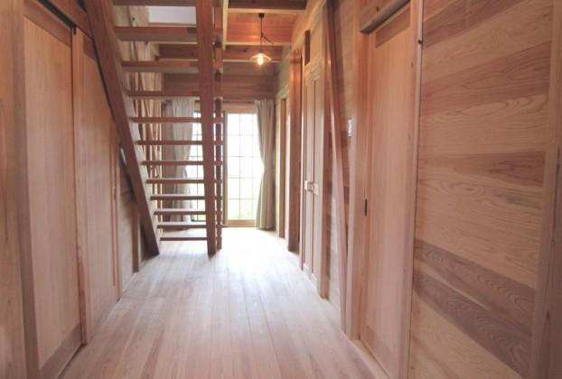 板倉と土間を楽しむ家3