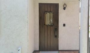 玄関そとん壁